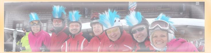 Die Idee für deine verrückte Skigruppe: Skihelm-Irokesen